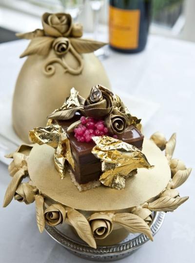 Fabergé Chocolate Pudding