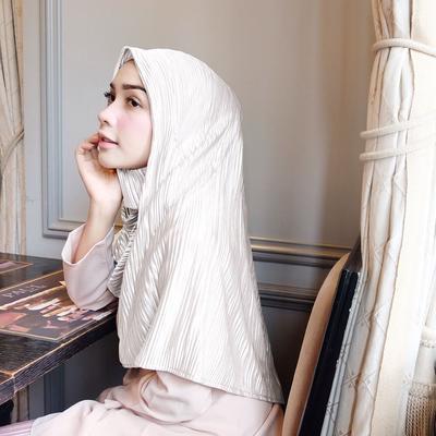 5. Hijab Pleated