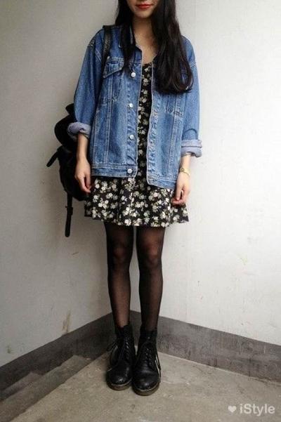 Dress, Boots dan Jaket Jeans