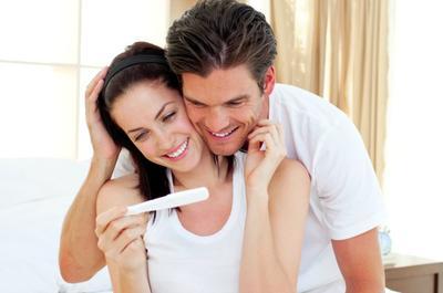 1. Risiko Bayi Mengalami Kelainan Genetik, Keguguran dan Komplikasi Lebih Kecil