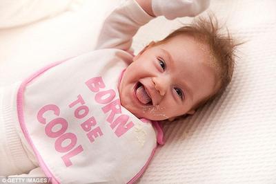 Penting! Begini Cara Pertolongan Pertama Saat Bayi Gumoh Setelah Diberi ASI