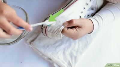 Jangan Sampai Salah Ladies, Begini Cara Benar Membersihkan Sepatu Converse Kesayanganmu