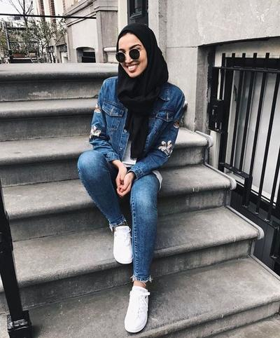 Black and Denim is A True Love