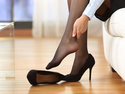 4 Tips dan Trik Jitu Agar Kamu Bisa Pakai High Heels dengan Nyaman Tanpa Rasa Sakit