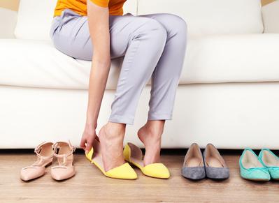 Jangan Abaikan! Begini Cara Memilih Sepatu yang Aman untuk Ibu Hamil