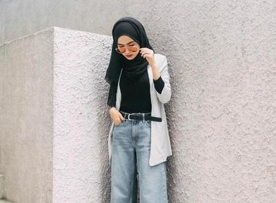 Ini 5 Bentuk Kacamata yang Stylish dan Sesuai dengan Gaya Hijab Kamu