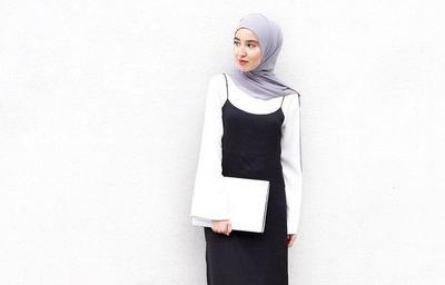 Yuk, Bikin Style Monochrome Hijab Kamu Jadi Tak Monoton dan Lebih Kekinian!