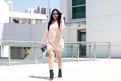 Hoodie Sebagai Dress Ala Stephanie Cosmopolitan