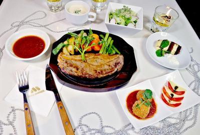 Inilah Alasan Mengapa Kamu Wajib Dinner di Restoran Recommended Ini!