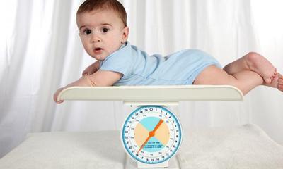 Sudah Idealkan Berat Badan Anakmu? Yuk, Cari Tahu di Sini!