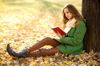 Pecinta Buku Wajib Banget Baca 4 Novel Romantis yang Best Seller di Tahun 2017 Ini!