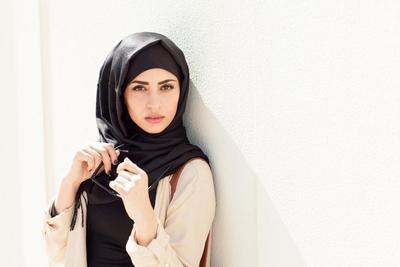 Hijabers, Ini Dia Tutorial Hijab Simpel Paling Modis untuk Gaya Kamu Sehari-hari!