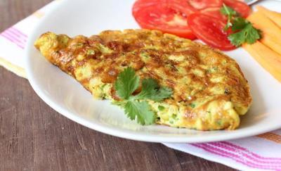 Omelet dan Sayur Rebus