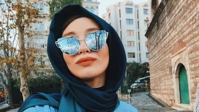 Hijabers, Ini Dia Deretan Kacamata yang Tak Boleh Dilewatkan di 2017