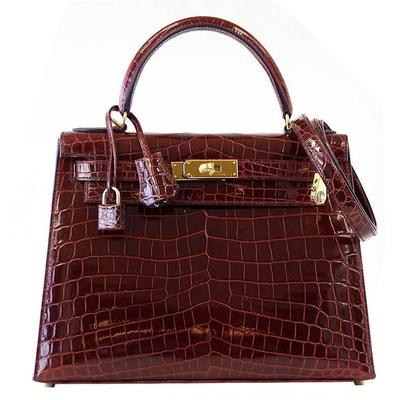HERMES KELLY 28 Bag Bourgogne Red Crocodile Contour Sellier Navy Edging Gold