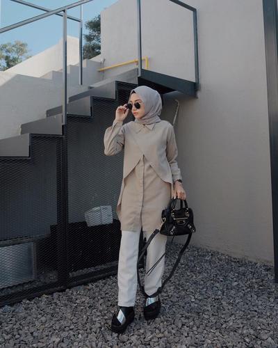 Enggak Harus Kaku dan Ribet, Ini Tips Padu Padan Kemeja untuk Style Ke Kampus