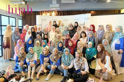6. Indonesia Hijab Bloggers