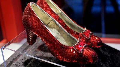 Sepatu Ruby Wizard of Oz