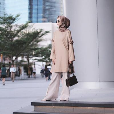 Ini Dia Tutorial Hijab Simpel Ke Kantor yang Nyaman Banget Dipakai Seharian!