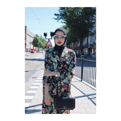 3. Cat Eye Glasses Zaskia Sungkar