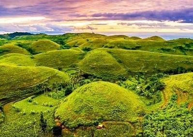 7. Bukit Teletubbies