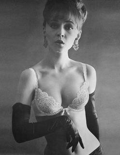 1964: The Pushup Bra