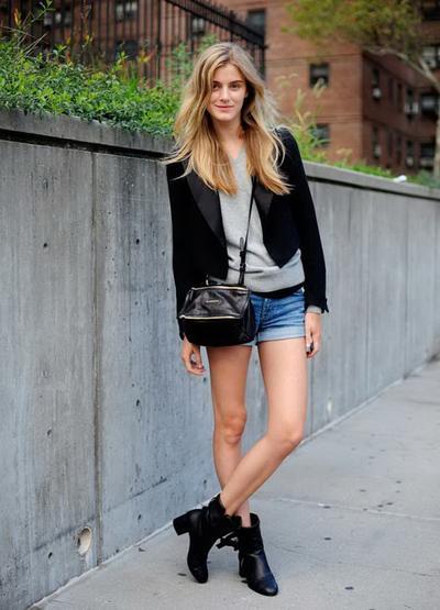 Blazer dan Ankle Boots