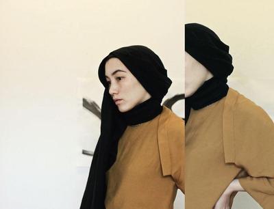 Mau Tampil Layaknya Desainer Muslim Dunia? Ini Dia Tutorial Hijab untuk Kamu!