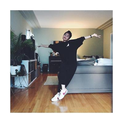 Tampil Stylish Sehari-hari, Intip Style Yuna Penyanyi Asal Malaysia Ini Yuk!