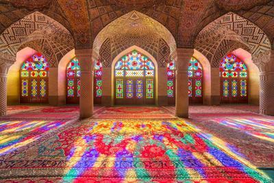 Ingin Wisata Religi di Jawa Timur? Jangan Lupa Kunjungi 4 Masjid Ini!