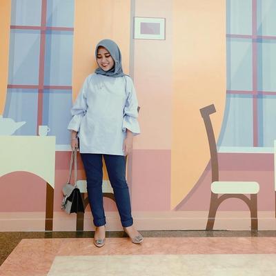 Wah, Ini Dia Gaya Hijab Sehari-hari Ala Desainer Tanah Air yang Kece Banget