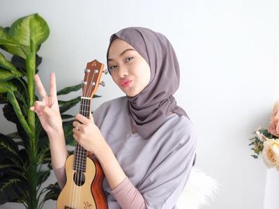 Gimana Sih Bentuk Hijab yang Cocok untuk Pipi Tembam dan Lebar?