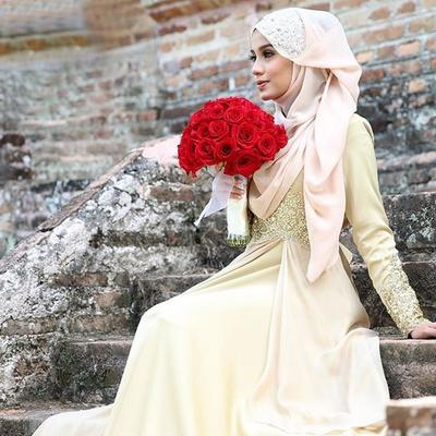 Wah, Ternyata Bahan Hijab Maxmara Cocok Juga untuk Pengantin Lho!
