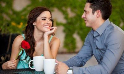 Tak Hanya Cantik, Ini Dia 6 Sifat Wanita yang Ternyata Sangat Disukai Pria