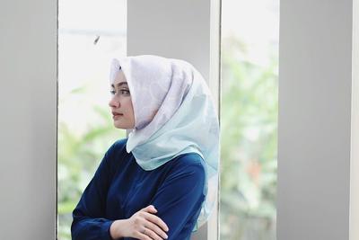 3 Cara Padu Padan Daily Look Hijab untuk Si Pemilik Tubuh Tinggi!