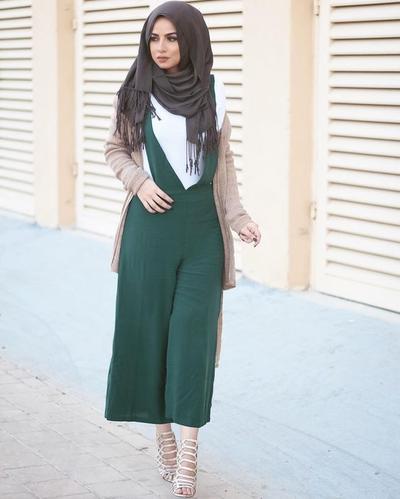 Padukan dengan heels
