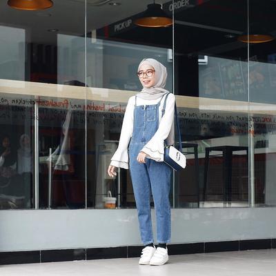 Tips Padu Padan Style Overall yang Pas untuk Hijabers Bertubuh Pendek