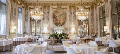 Inilah Restoran dengan Suasana Paling Mewah di Dunia! Nomor 5 Wow Banget!