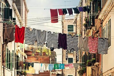 Cara Mudah Merawat Baju Berbahan Katun Agar Tahan Lama dan Tidak Cepat Rusak