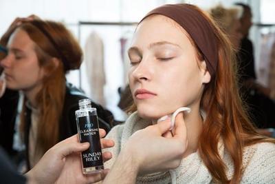 Sebelum Dandan, Produk Skin Care Ini Wajib Kamu Pakai untuk Tampil Flawless!