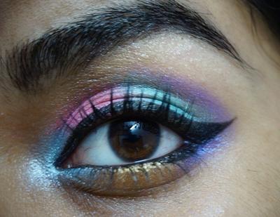 Mau Coba Make Up Academy Poptastic Eyeshadow Palette? Cek Dulu Reviewnya