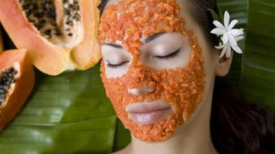 Wow, Ini Dia Daftar Buah-Buahan Segar yang Dapat Dijadikan Masker Wajah Alami!