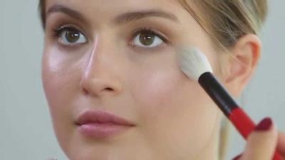 Ternyata, Begini Teknik Rahasia Bikin Make Up Wajah Jadi Terlihat Glowing Seperti Wanita Korea