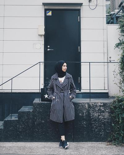 Style Oversized Hijab Ini Ternyata Lagi Hits Banget Lho di Tahun 2017!