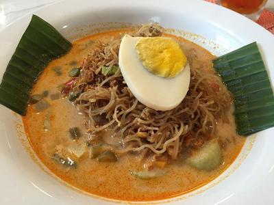 Mantap! Ini 4 Daftar Restoran yang Menyajikan Makanan Khas Medan!