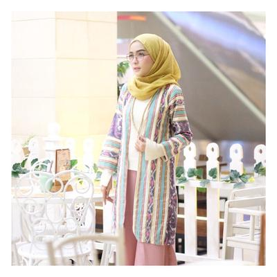 Colourful outer
