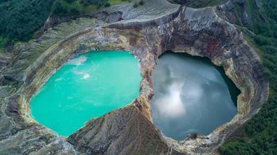 Hobi Traveling? Sudah Pernah Kunjungi 6 Gunung Terbagus di Indonesia Ini Belum?