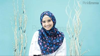 Enggak Sampai 5 Menit, Yuk Simak Tutorial Hijab Praktis Tanpa Pentul dari Zaskia Sungkar