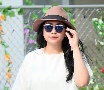 Wow Harga 4 Koleksi Kacamata Nagita Slavina Ini Bikin Geleng-geleng Kepala!
