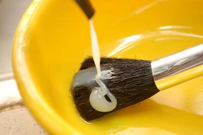 Praktis! Langkah Mudah Membersihkan Brush Make Up dengan Benar!